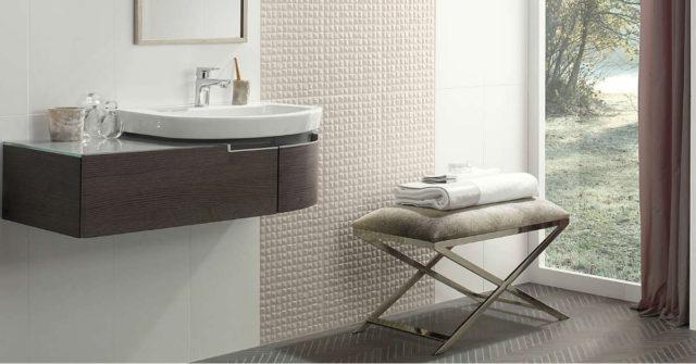 På tide å pusse opp badet? Begynn med baderomsmøblene!
