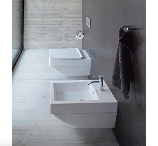 DuraSquare servanter er en fin kombinasjon med Vero Air toalett og bide