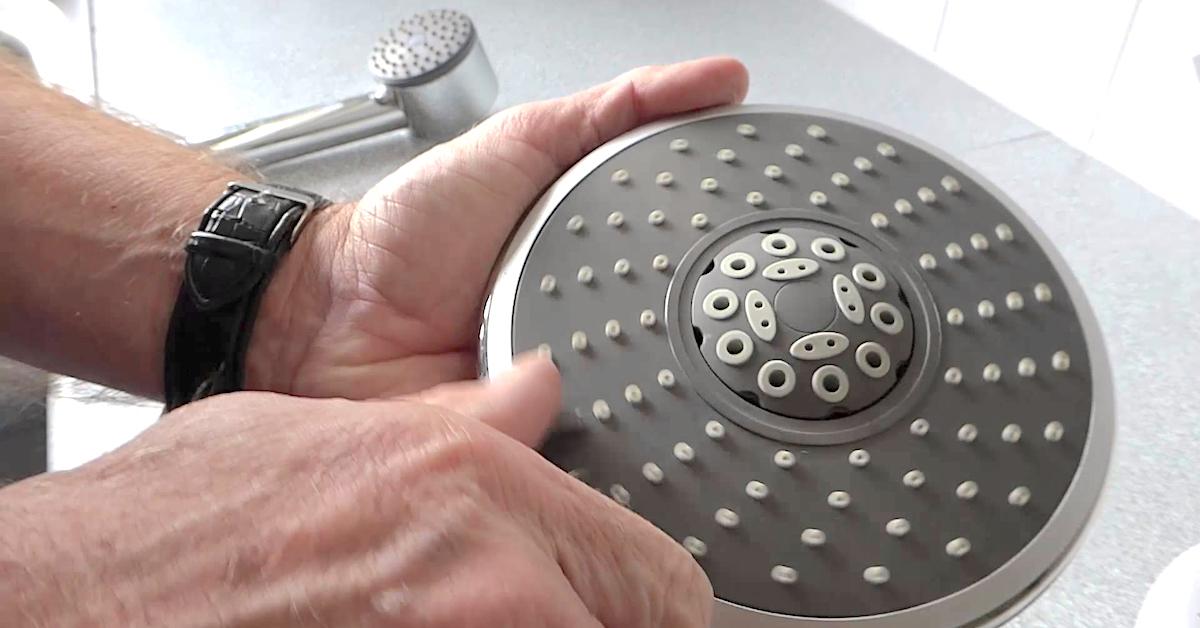 Rengjøring av dusj og armaturer | GUIDE